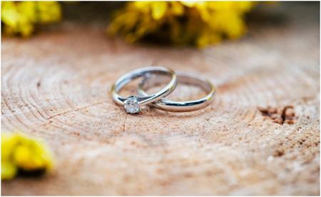 حلقه ی ازدواج: نشانی از عشق و محبت